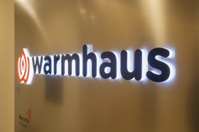 warmhaus beycelik ofisi giris
