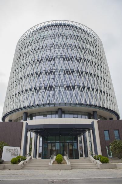 matlı holding binası