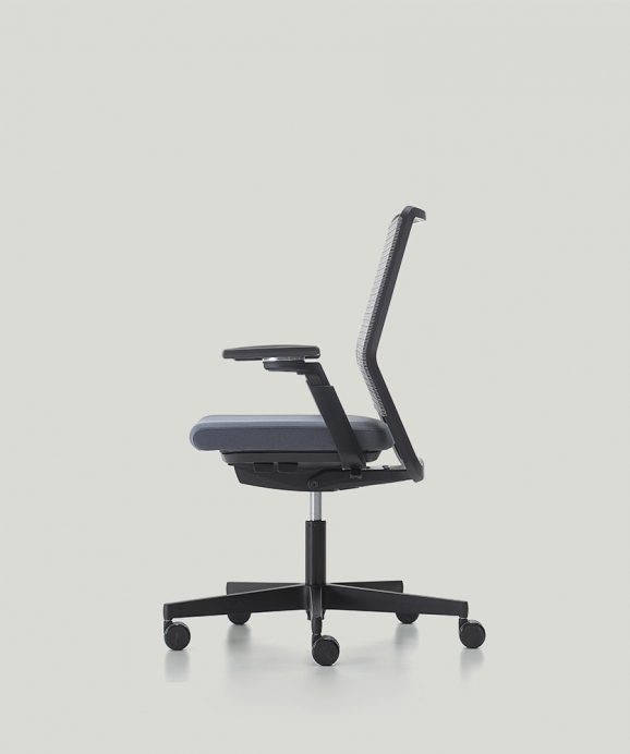Nurus one of the worlds leading furniture manufacturers thanks to its qualified designs won Red Dot Design Award with Uneo office chair design of Martin